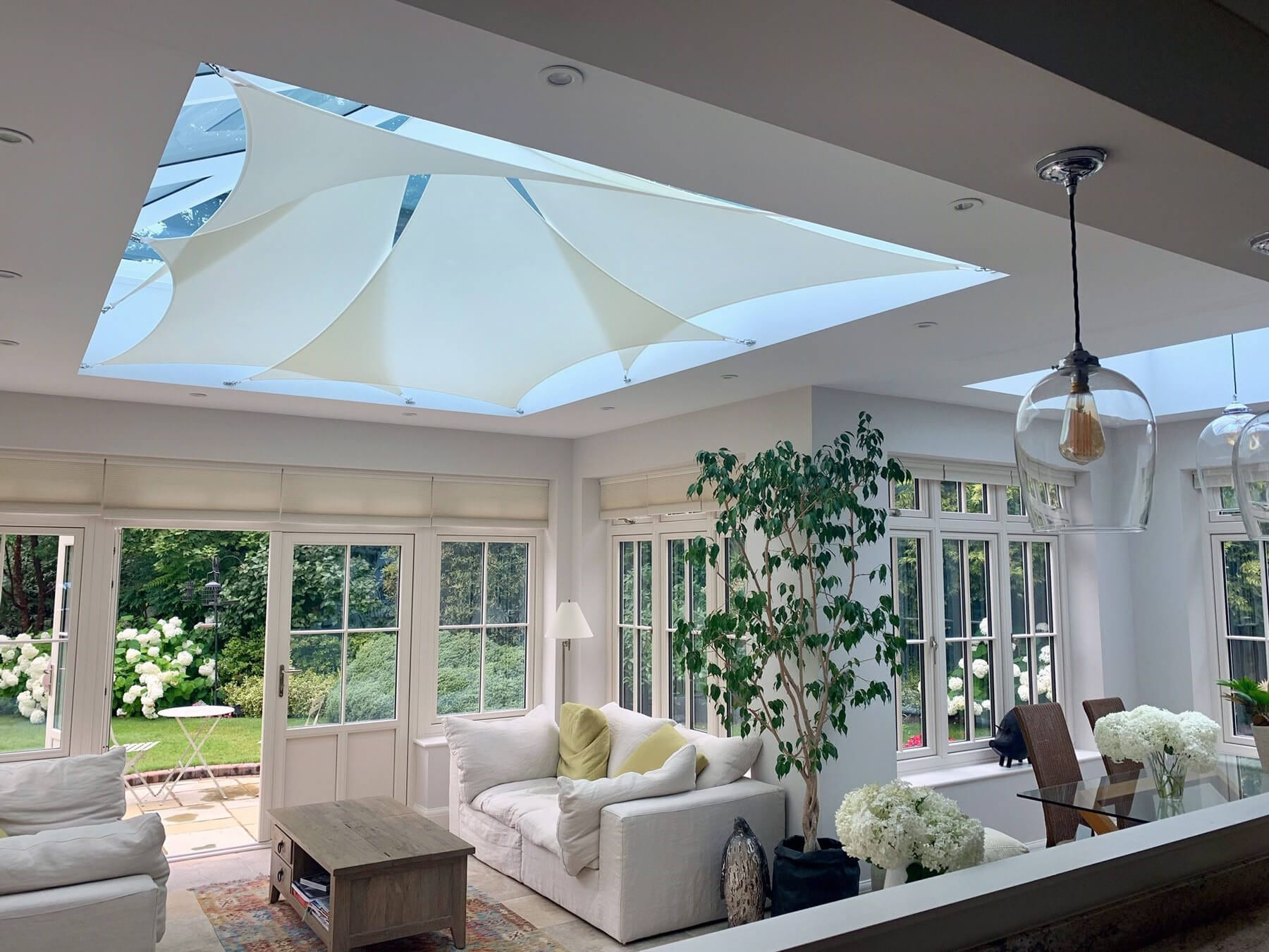 InShade sail blinds - elegant roof blinds that allow more natural light